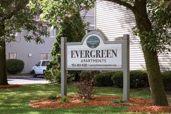 Evergreen Apartments – 1 Bdrm