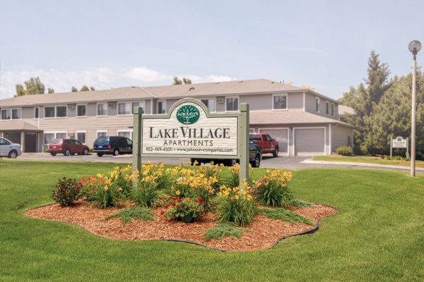 LakeVillage Aparts – 3 Bdrm